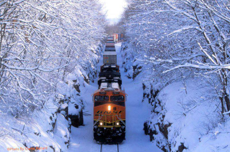 Beautiful collection of amazing wallpapers in hd for android beautiful train in snow hd wallpapers for android voltagebd Choice Image