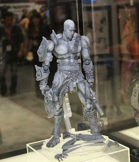 Square Enix Play Arts exhibits at SDCC 2011