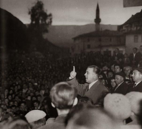 Nexhmije Hoxha - De cómo el PTA se alejó de sus posiciones marxista-leninistas Fcfvrvrfvrvfvfrvfrv