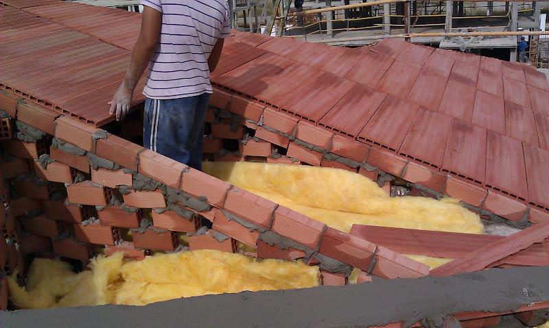 Tabiques palomeros en tejados de tejas mixtas en tejados for Tejados de madera como hacer