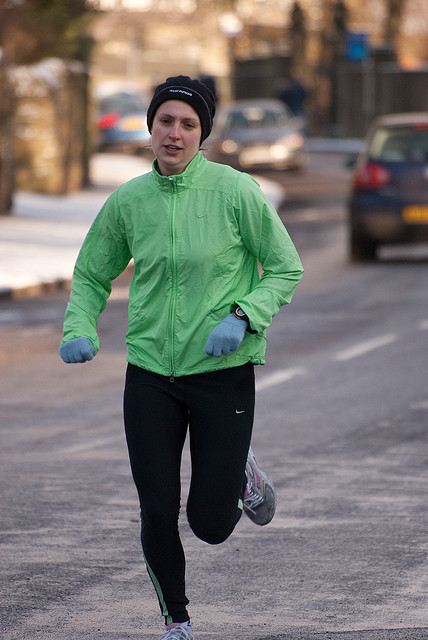 Four Sports Clothing Tips for Winter Running Gear