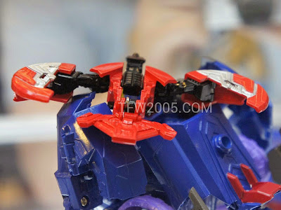Lazerbeak Transformers Generations BOTCON 2012