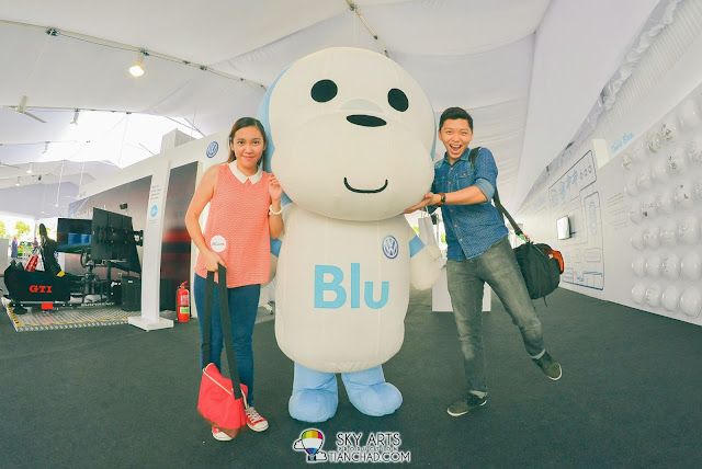 'Blu', Volkswagen mascot is so cute!! Blu has big head like me hahaha