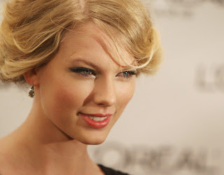 Taylor Swift Hairstyle Trends - Girls Hairstyle Ideas