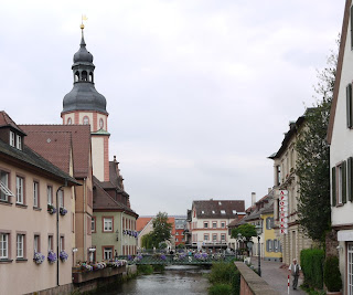 Bild 4: Alb mit Rathausturm Ettlingen