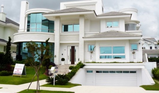 Modern homes exterior designs ideas. | New home designs