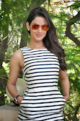 sonal chauhan latest glam pics-thumbnail-17
