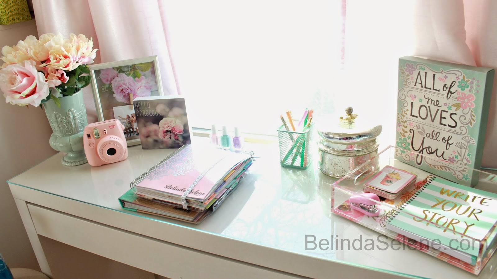 Belindaselene diy tumblr inspired office desk space for Pastel diy room decor