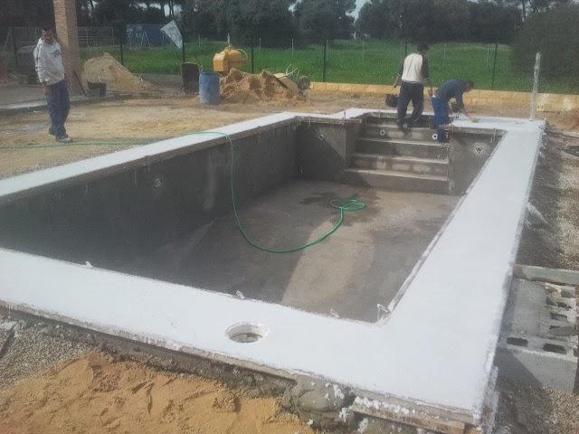 Oferta de piscina de construcci n ofertas de piscinas piscinas de hormig n 8x4 por - Coronacion de piscinas precios ...