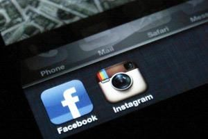 Facebook completes Instagram acquisition