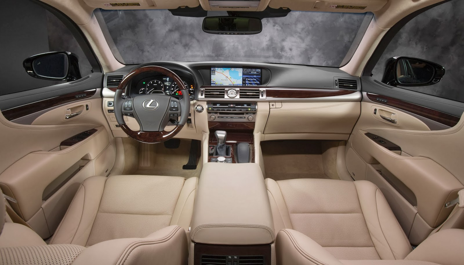 The 2014 Lexus LS 460 interior: Leather, leather everywhere.