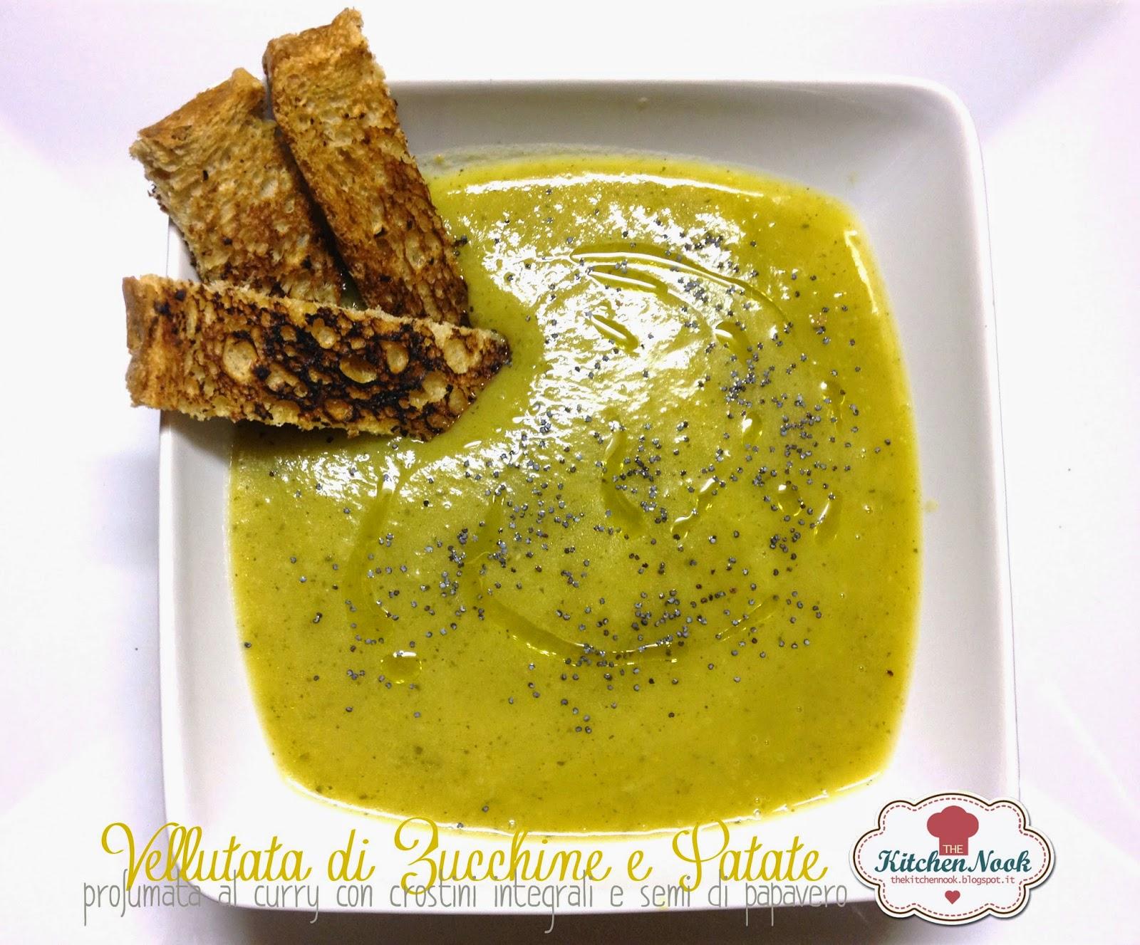 vellutata di patate, porro e zucchine e semi di papavero, profumata al curry.