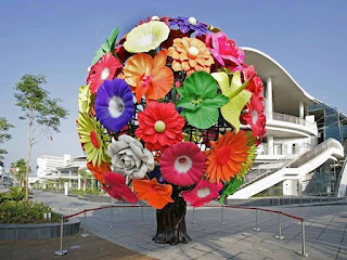 Decorate your home and walls with flowers
