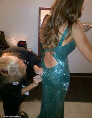 Sofia Vergara Dress Malfunction