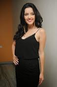 Kristina Akeeva latest glam pics-thumbnail-8