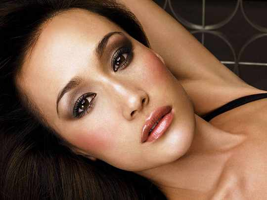 Maggie Q Biography and Photos Gallery