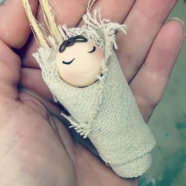 http://cremedelagems.businesscatalyst.com/christmas-ornaments/baby-jesus-ornament