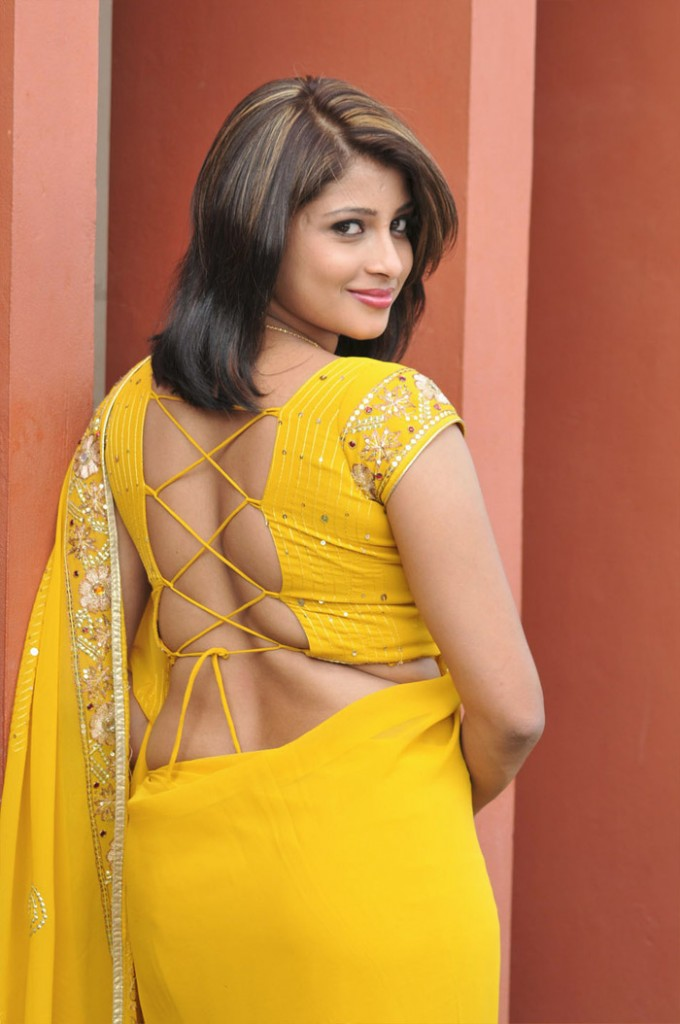 Saree Blouse Designs - Kajal Agarwal, Anushka, Samantha, Tamannah ...
