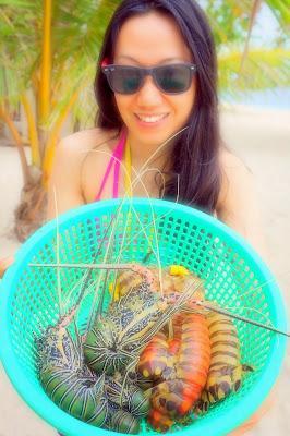 Trisha Sebastian freshly catched seafoods in Isla Pandan Day Resort Puerto Princesa Palawan | Julius Sebastian