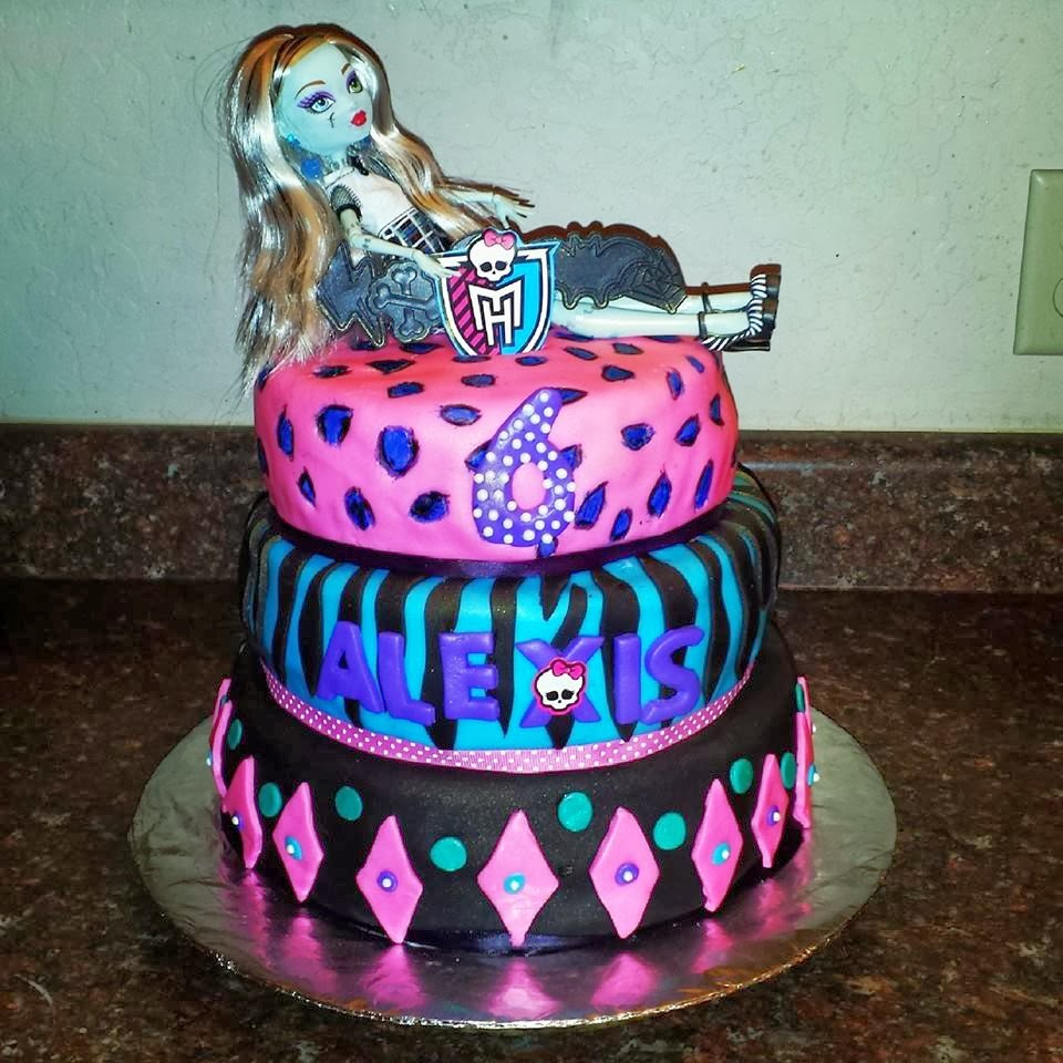 Monster High 3 tier