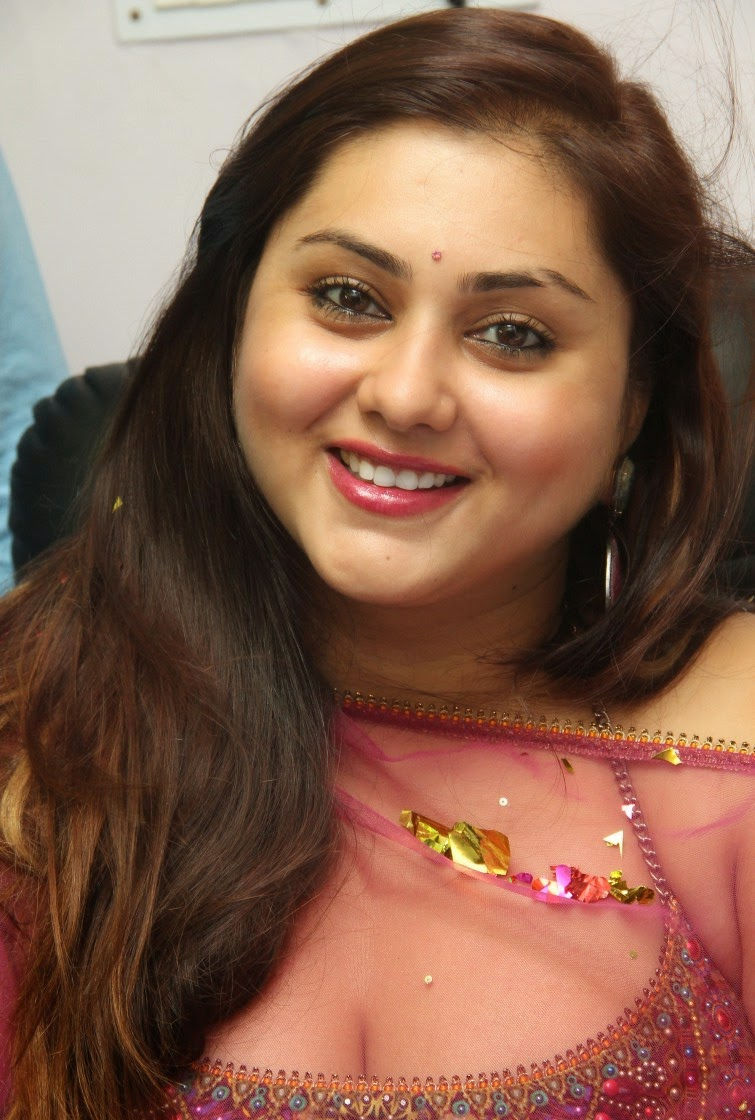 Namitha sizzling photos gallery-HQ-Photo-8