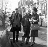 Monique Lange junto a su esposo Juan Goytisolo y un amigo de ambos, Jean Genet.