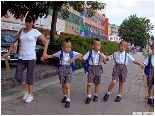 Ha ha Apabila ibu tidak dapat membezakan 4 orang anak kembarnya