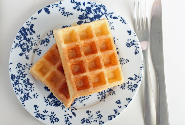 finally found THE WAFFLE recipe that yields the most AMAZING waffles ...