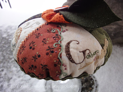 Pumpkin Pie Pincushion, side view 2