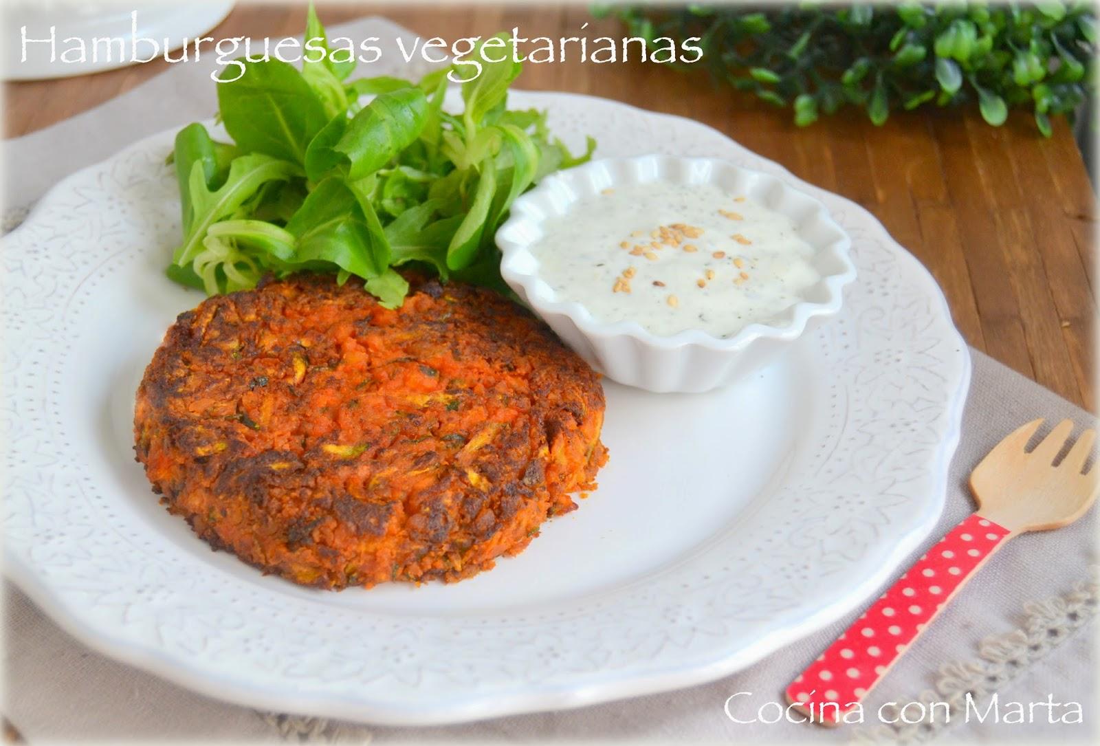 Hamburguesas vegetarianas de garbanzos y calabacín. Koftas caseras. Fácil, rápido y sano.