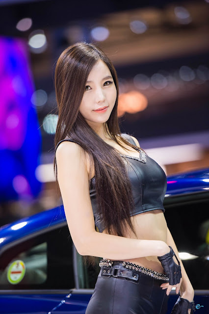 2 Lee Ji Min - Seul Motor Show - very cute asian girl-girlcute4u.blogspot.com