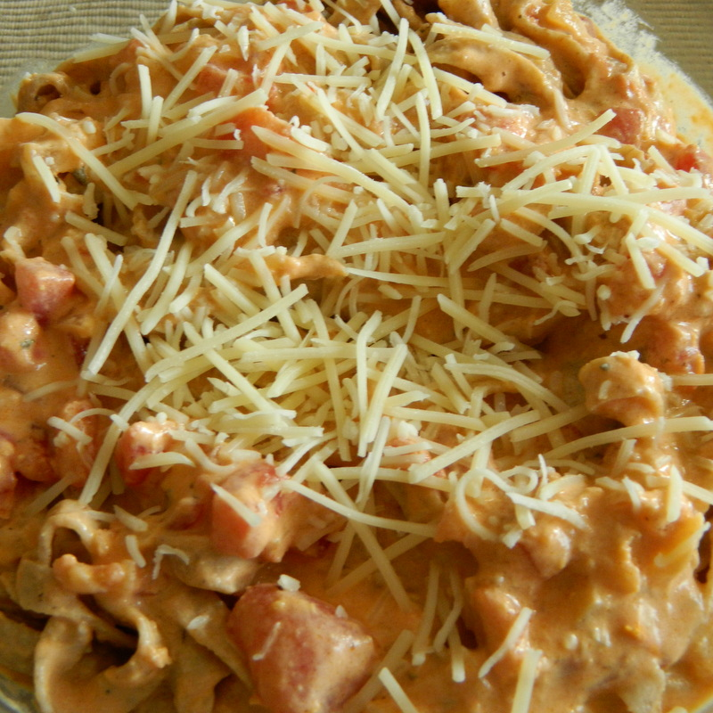 My Favorite Things: Easy Creamy Tomato & Garlic Pasta Sauce