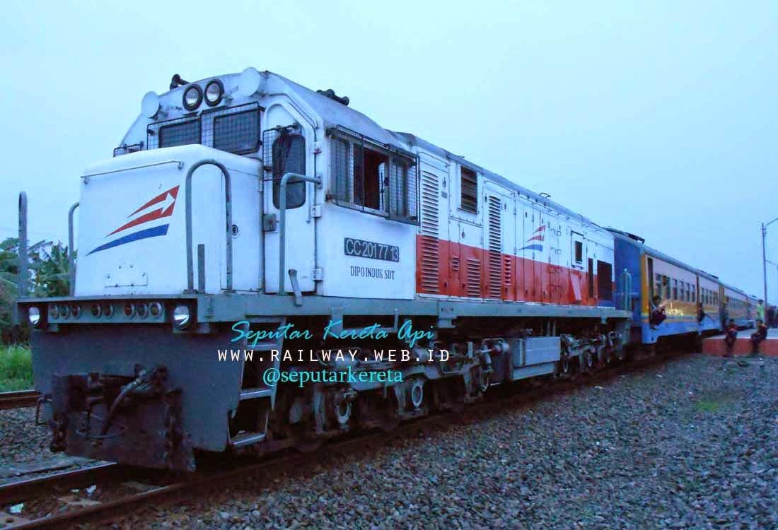 lokomotif cc201 77 13