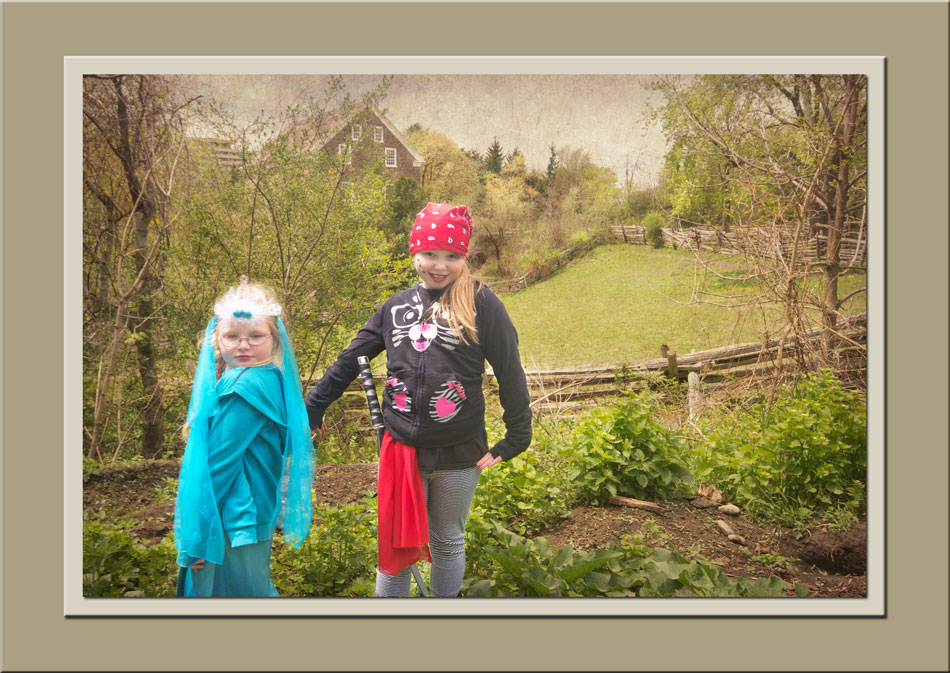 Pirates & Princesses day at Black Creek Pioneer Village.  Holly Cawfield Photography