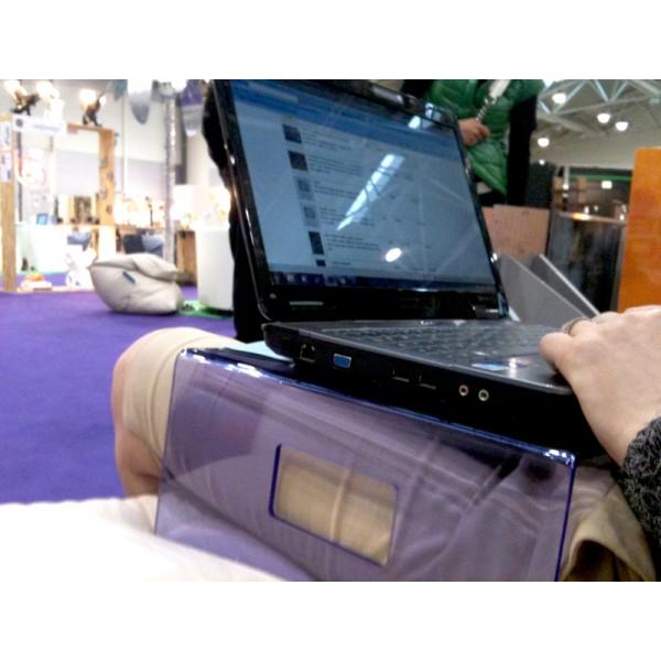 Esclusivo in plexiglass - Porta computer da letto ikea ...