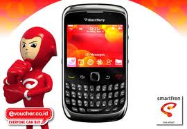 lasan spesifikasi BlackBerry Smartfren 9330