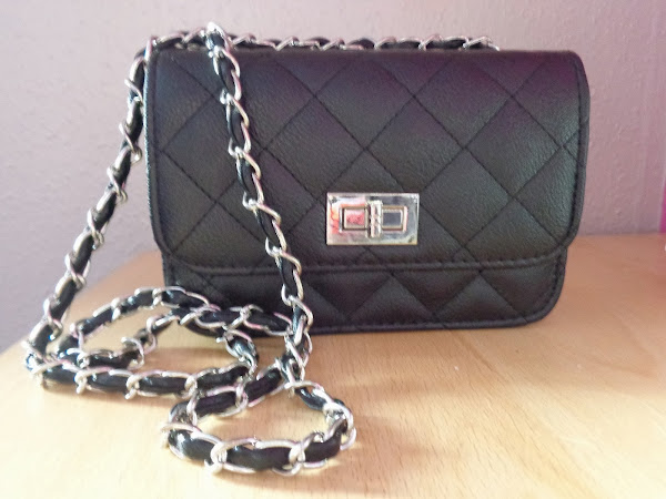 Night Out: Little Black Bag