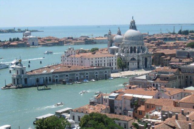 Vista panoramica de Venecia desde el Campanile de la Plaza de San Marcos