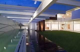 Extensa residencia contemporánea en México