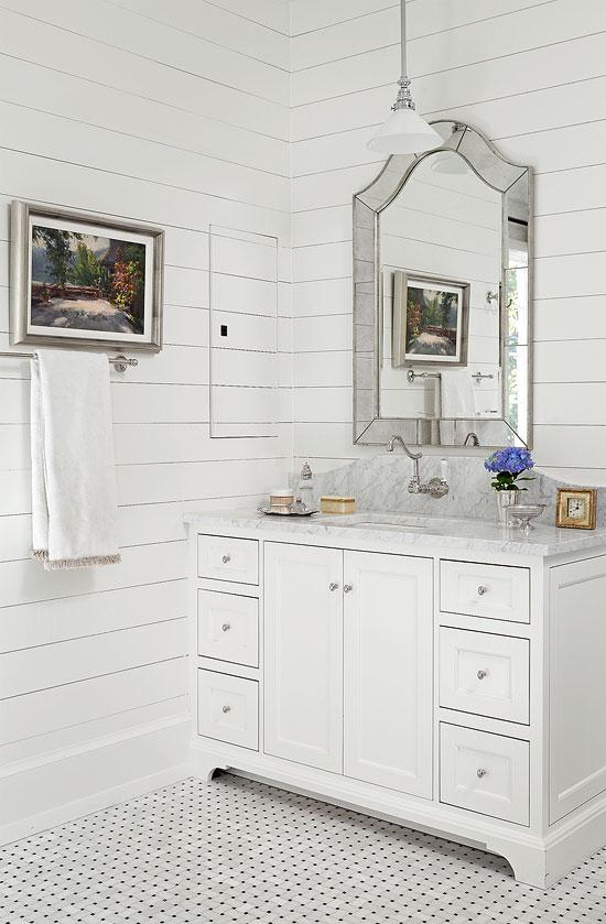 Bathroom Vanity vintage-style