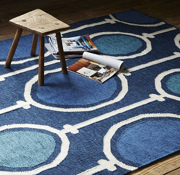 http://www.ozvip.com/elegant-design-of-transitional-decoration/dhurrie-rug-in-royal-blue/