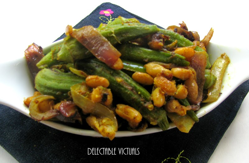 spicy Whole Okra with Mayocoba Beans