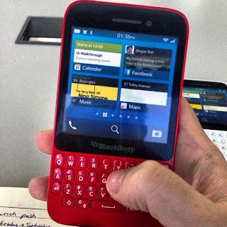 Blackberry R10 Dengan Tombol Qwerty Menampakan Diri