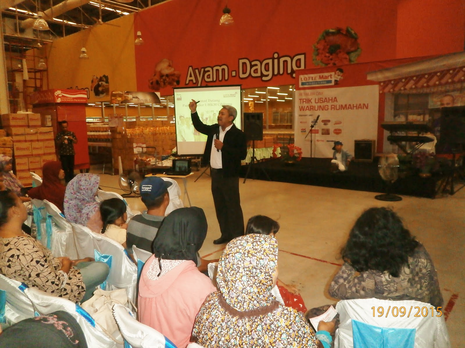 Memotivasi Pebisnis Retailer UMKM di LotteMart Cibitung