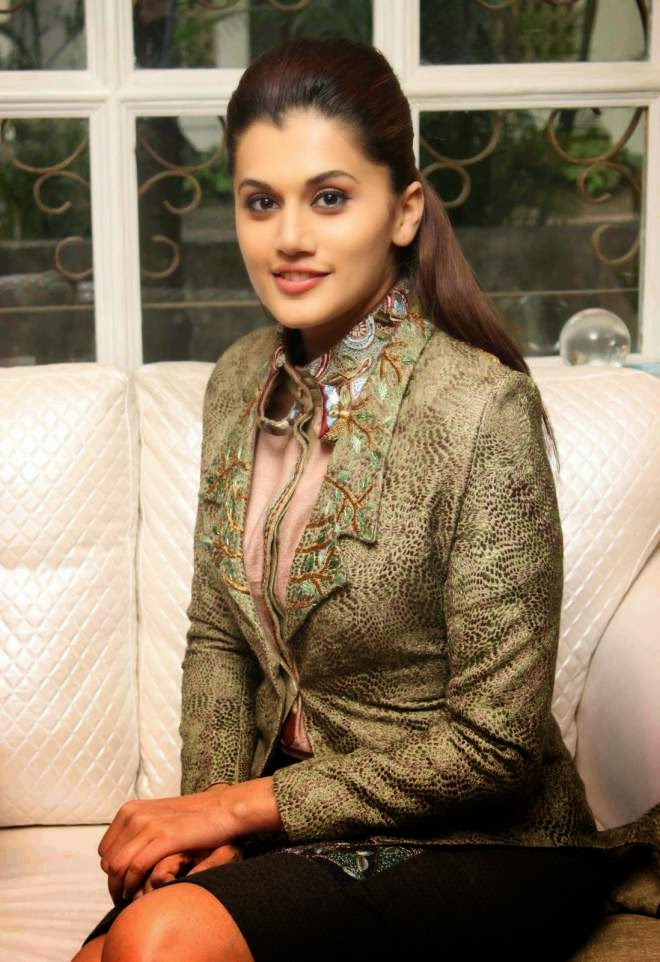 Taapsee Pannu Latest Hot Upskirt Photos