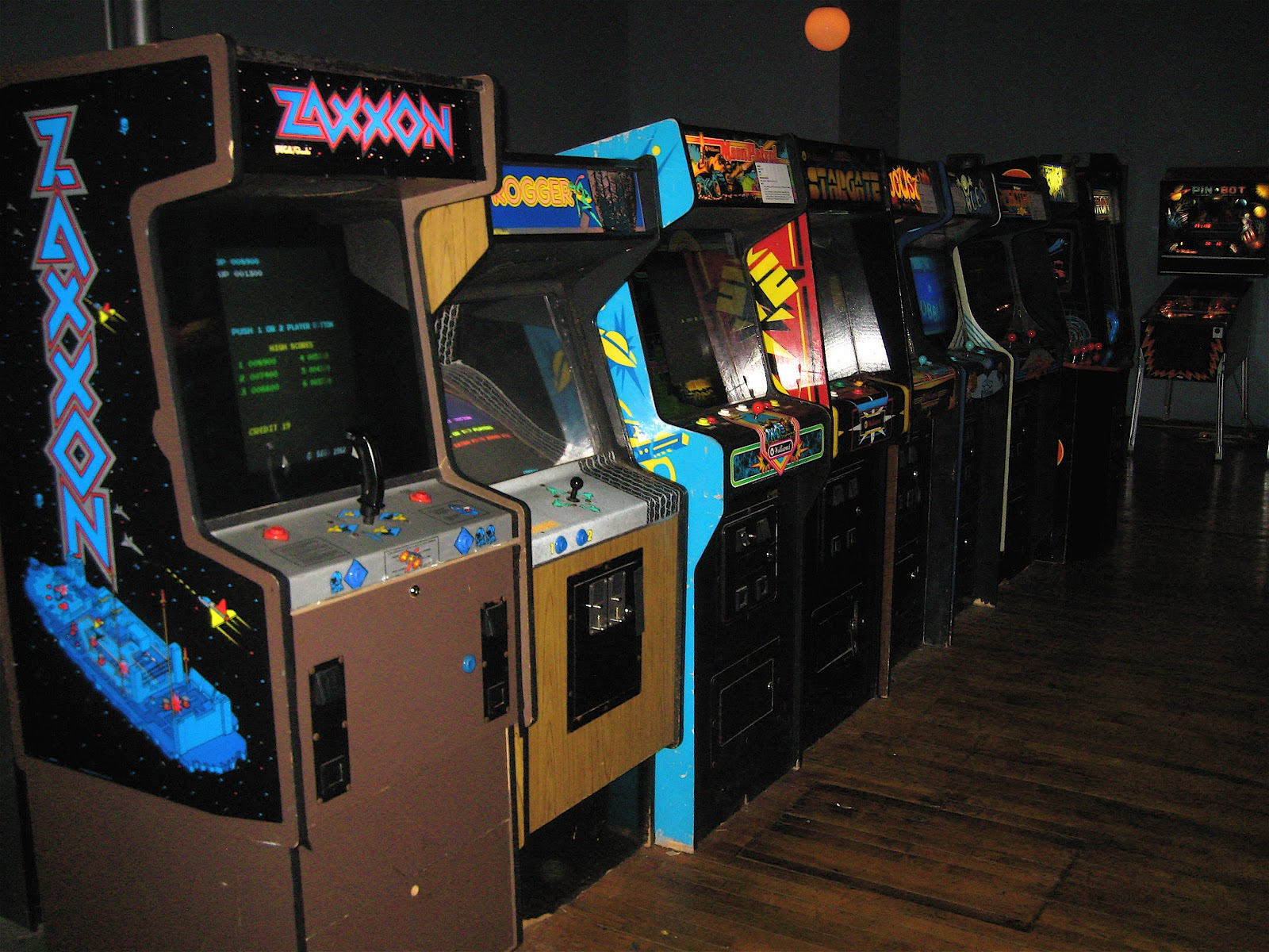 Old fashioned arcade games Advanced Techniques - IM v6 Examples - ImageMagick