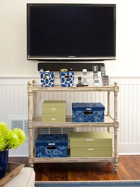 Modern furniture easy solutions to decorate a small space 2013 storage ideas - Hamper solutions for small spaces minimalist ...