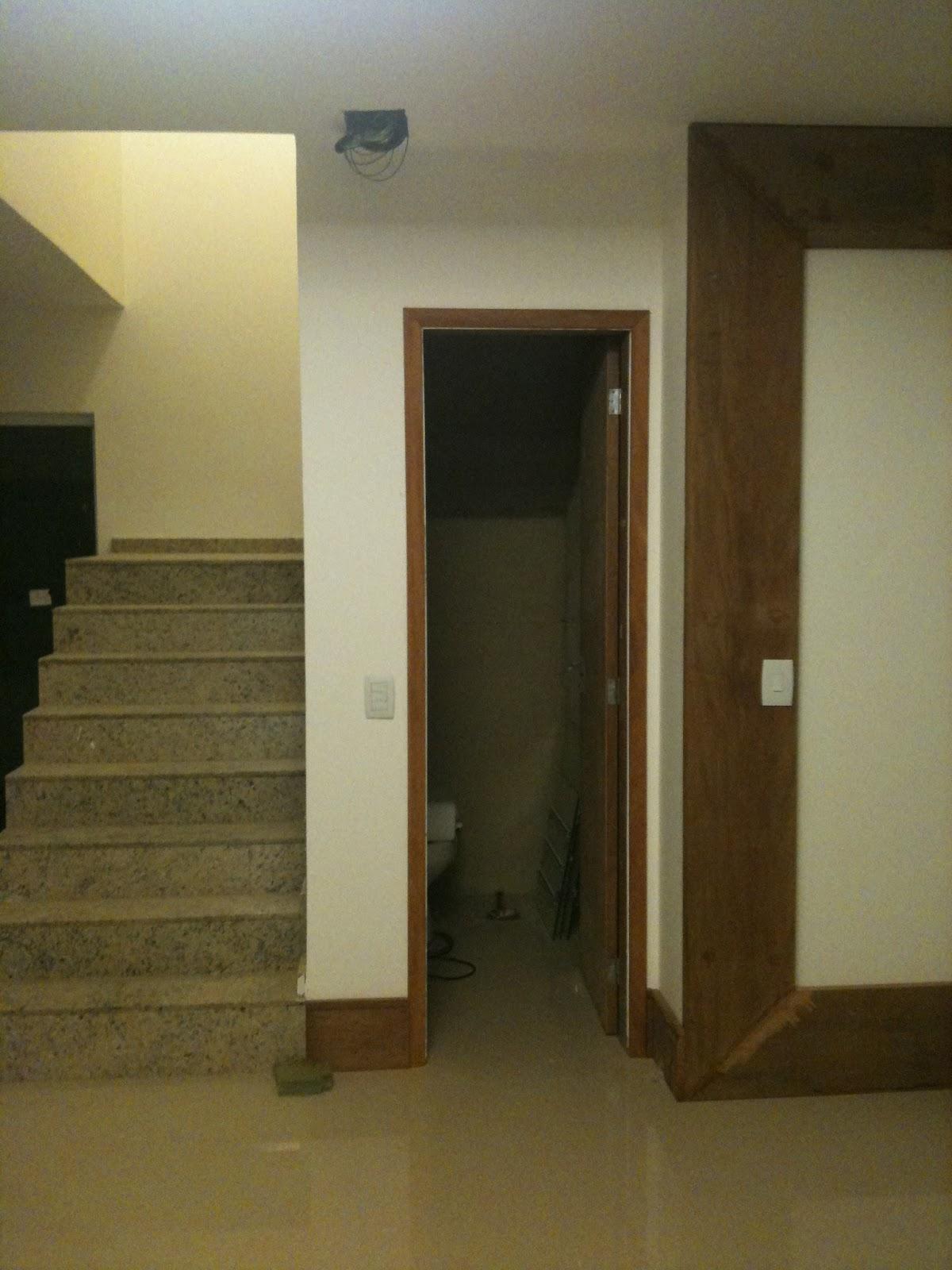 DecorandoShow: Meu lavabo embaixo da escada #372E18 1200 1600
