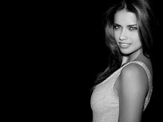 Adriana lima cute smily wallppers