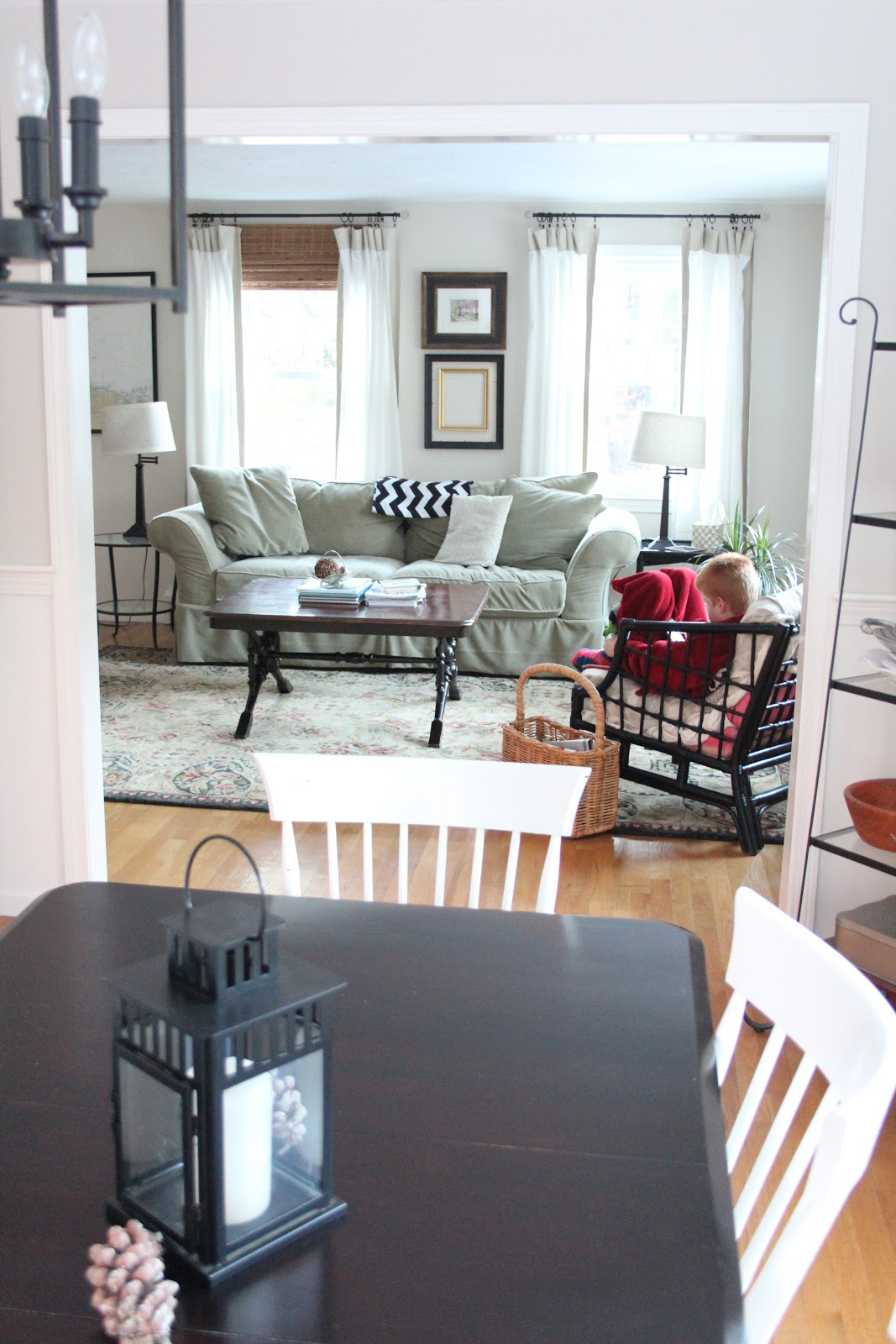 window shopping craigslist for dining tables shine your light